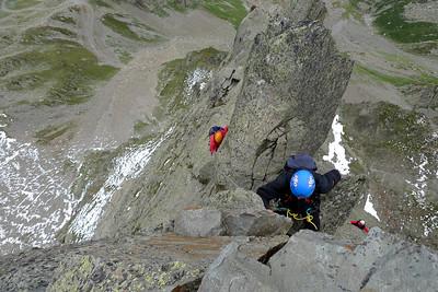 ...et juste sous le sommet, le dernier passage est plutôt aérien...
