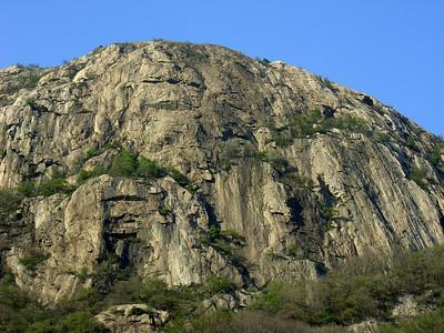 Le Paretone, la falaise principale... presque 400m !