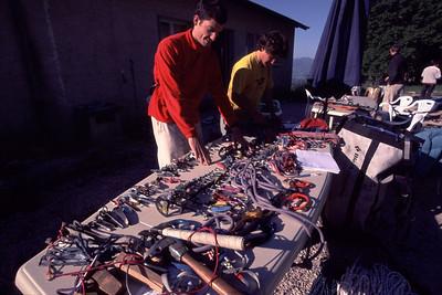 La préparation du matériel est primordiale en artif... Car nous partons trois jours et qu'il faut un peu de matos...