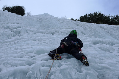 Ca donne quand même ! Mur de glace bien large et du gaz, très beau !