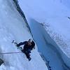 Tristan dans la première longueur, 30m qui chauffent bien...