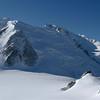 Nous nous dirigeons vite vers le refuge des Cosmiques, au pied du Mt Blanc du Tacul...