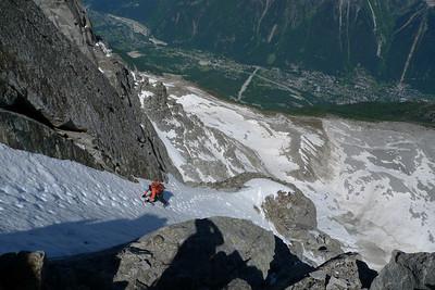 Puis on grimpe facilement sur des rampes jamais très difficiles, même s'il faut être toujours prudent...