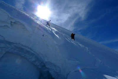 Crevasses, Séracs, avalanches, passages raides et exposés enfin bref, je vous aurais prévenu ;-)