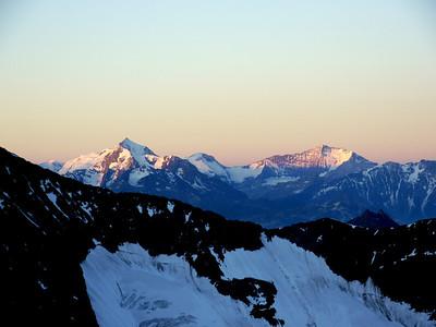 Mt Pourri & Gde Casse, les Star de la Vanoise toute proche...