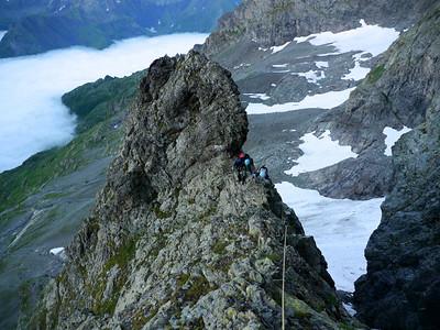 Le départ n'est pas difficile, ni à suivre ni à grimper, c'est surtout aérien...