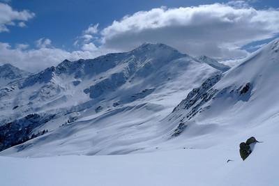 Direction l'arête ouest du mont Rogneux, et son point 2700m...