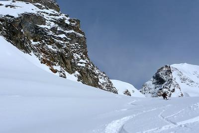 Après deux jours de neige, le départ est assez bon...
