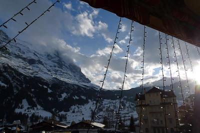 Départ de Grindelwald, au pied de l'Eiger...