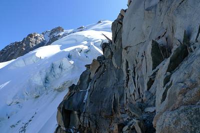 Au lieu de passer la Segonne par son fil, nous préférons passer par la glace... C'est vrai quoi, ya pas que le rocher dans la vie !
