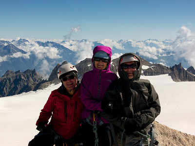 Philippe, Brigitte & Michel au sommet de Tête Blanche, 3429m