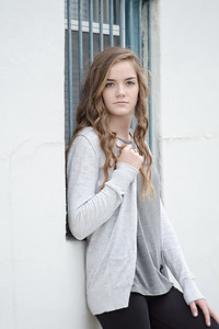 J (13)