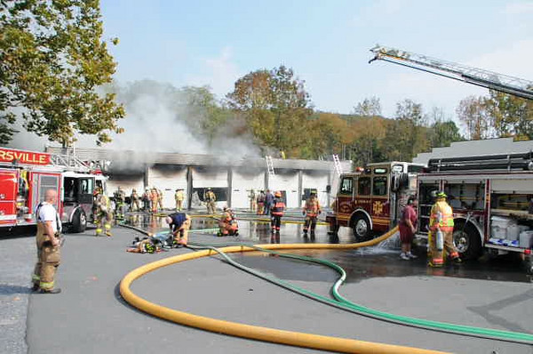 NORTH MANHIEM TOWNSHIP COMMERCIAL GARAGE FIRE 9-24-2010 PICTURES AND VIDEOS BY COALREGIONFIRE