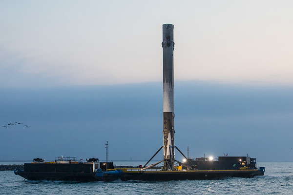 Early morning arrival of the #SES10 #Falcon9 First Stage