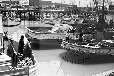 Fishermans Kids at Play