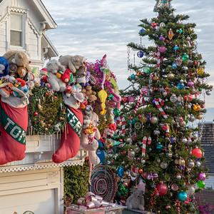 Santa's House on 21st Street