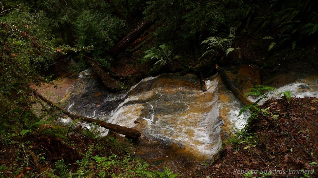 Between Golden Cascade and Silver Falls