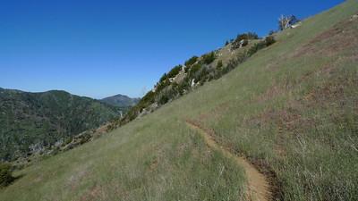 I love this kind of ridge hiking.