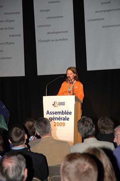 Emmanuelle parle