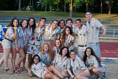 Les scouts israëliens avant de monter sur le podium
