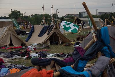 Découverte des campements avant le retour des pionniers