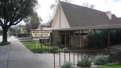 Woods- Valentine Mortuary, Pas