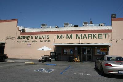 M&M Market - Studio City