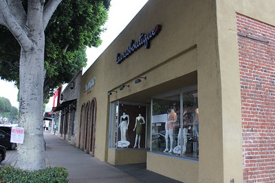 Laura's Boutique - Whittier