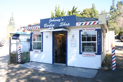 Johnny's Barber Shop - La Canada - Flintridge