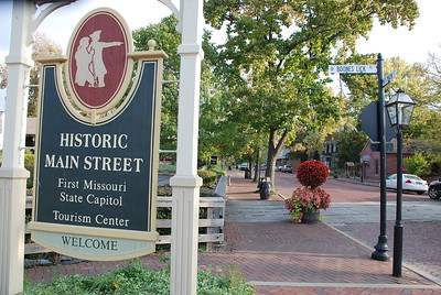 HISTORIC SAINT CHARLES, MO