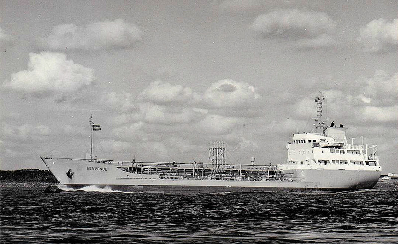 1974 to 1989 - BENVENUE - Tanker - 1598GRT/2581DWT - 80.8 x 12.8 - 1976 Scheeps Nieuwe Noord Nederlandsche, Groningen, No.382 - 1989 MOPA WONSILD, 1997 MIE WONSILD, 2002 CEIBO (URU) - still trading.