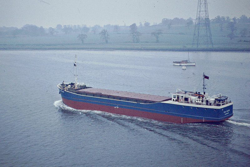 1977 to 1981 - HULL MILLER - Cargo - 427GRT/690DWT - 45.6 x 8.3 - 1977 JW Cook & Co., Wivenhoe, No.1453 - 1981 XANTHENCE - 21/05/85 sank 7.5nm north of Calais after collision with ROSITA MARIA (DEU/2650/77), Calais for Howdendyke with ferrosilicon - Kings Lynn, loaded with grain on Boal Quay, 12/81.