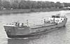 1983 to 1989 - SEA HUSKY - Cargo - 400GRT/526DWT - 48.8 x 8.0 - 1962 Scheeps Gebr Coops, Hoogezand, No.229 as LENIE (1962-78) - 1978 BRENDA C, 1982 ISOLDA - 01/89 broken up at Rainham - seen here inward bound for Battersea.