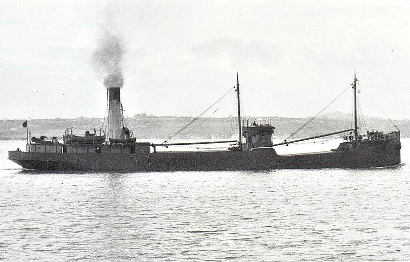 1927 to 1960 - THE BARON - Cargo - 820GRT - 58.0 x 9.2 - 1927 Ailsa Shipbuilding Co., Troon, No.401 - 04/60 broken up at Gateshead.