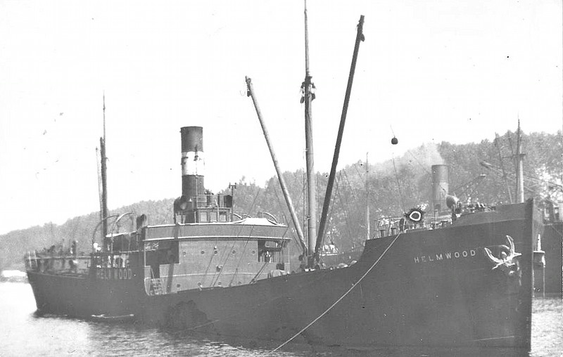 1923 to 1947 - HELMWOOD - Cargo - 2156GRT - 85.7 x 12.3 - 1923 Vickers Shipbuilding, Barrow, No.603 - 1947 HAI PUNG, 1947 WILLE, 1960 AURA - 01/64 broken up at Hamburg.