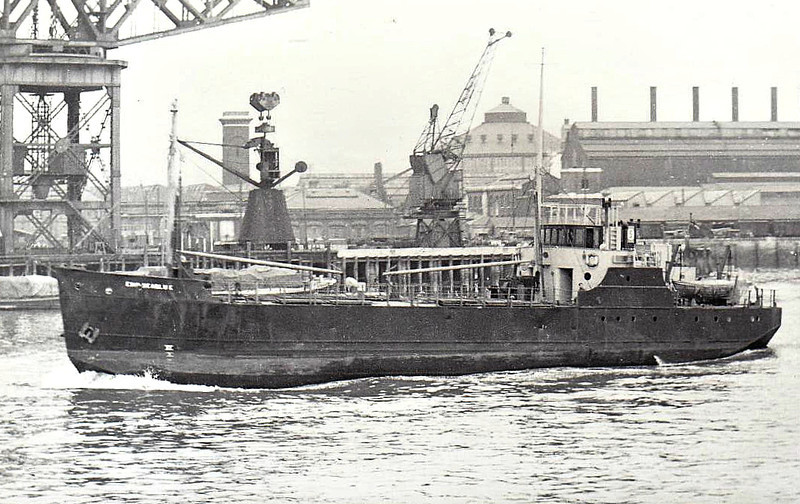 1950 to 1954 - SEABLUE - Cargo - 518GRT - 45.1 x 8.3 - 1945 Clelands Shipbuilder, Willington Quay, No.75 as EMPIRE SEABLUE (1945-50) - 13/02/54 struck wreck of EMPIRE BLESSING (GBR/10300/43) 5nm WSW of Flushing, London for Antwerp with general cargo - seen here as EMPIRE SEABLUE.