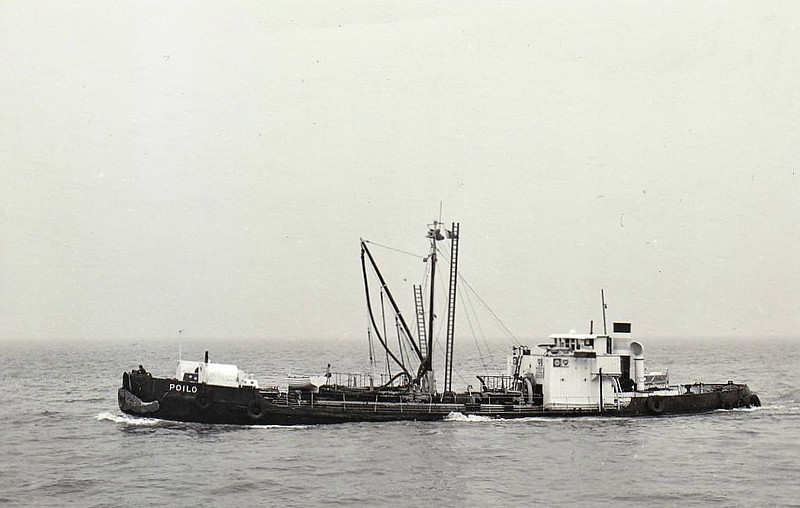 1921 to 1967 - POILO - Tanker - 307GRT - 38.1 x 7.8 - 1921 J Samuel White & Co., Cowes, No.1558 - 08/67 broken up at Troon.