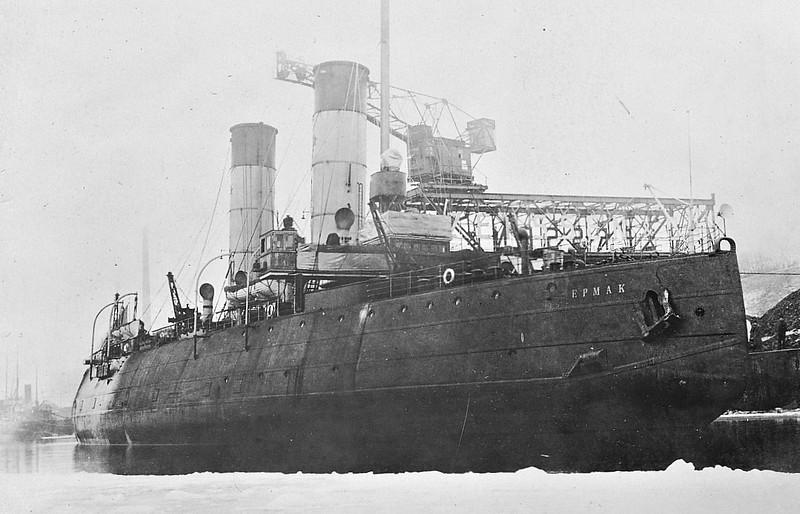 1899 to 1965 - ERMAK - Icebreaker - 5128GRT - 93.0 x 21.6 - 1899 Armstrong Whitworth & Co., Low Walker, No.684 - 1965 broken up in Murmansk - seen here in Kiel in April 1929.