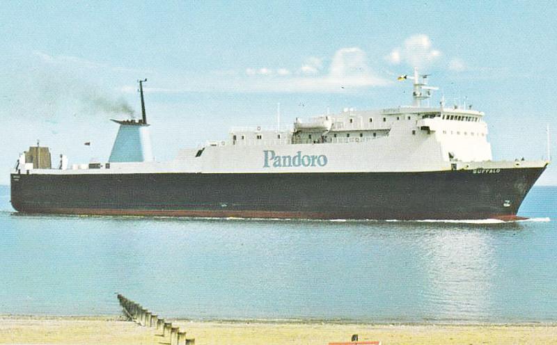 1975 to 1998 - BUFFALO - Cargo/RoRo - 3484GRT/5805DWT - 125.0 x 19.1 - 1975 JJ Sietas Schiffswerft, Hamburg, No.756 - 1988 Lengthened to 141.8m, 10987GRT/4377DWT, converted to Pass/RoRo, 1998 Lengthened to 156.5m, 12879GRT/3933DWT - 1998 EUROPEAN LEADER, 2004 STENA LEADER,2011 ANNA MARINE - 02/14 broken up at Aliaga - seen here at Fleetwood.