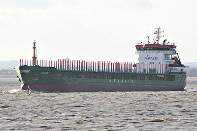 ALAND (Douglas) - IMO9350783 - Cargo - IOM/7056/07 Qingdao Hyundai Shipyards, Jiaonan, No.105 - 117.3 x 16.8 - Worden Schiffs, Oldendorff - Paull, outward bound from King George V Dock for Liepaja, 08/04/14.