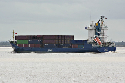 ALREK (St Johns) - IMO9330953 - Cargo - ATG/4720/06 Shandong Province Weihai Shipyard Co.Ltd., Weihai - 99.6 x 16.9 - Speck Rederei - Paull, outward bound from King George V Dock, Hull, for Velsen, 19/06/14.
