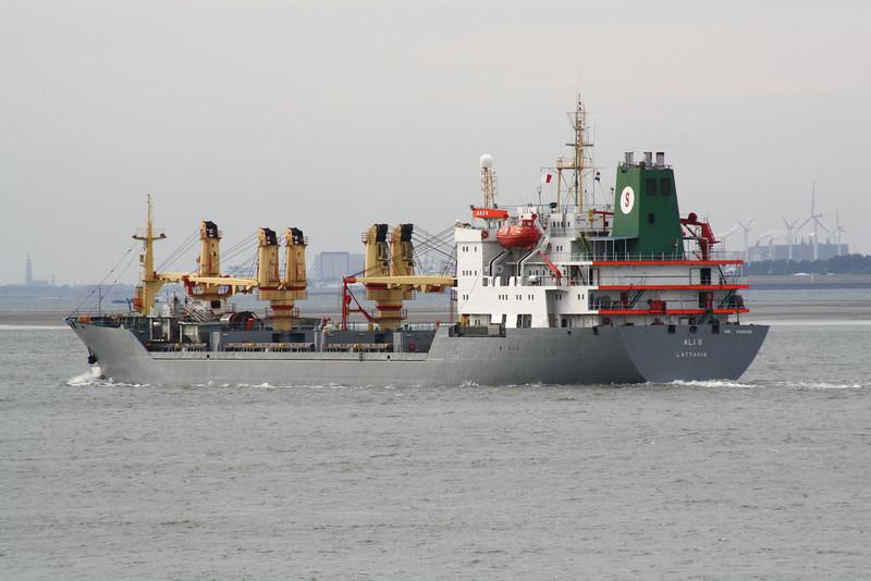 ALI S (Lattakia) - IMO8302258 - Cargo - SAR/13593/89 Stocznia im Komuny Paryskiej, Gdynia, B354/07 - 149.3 x 22.0 - Samin Shipping Co - Terneuzen, outward bound from Antwerp, 20/07/09 - to SOLNTSE VOSTOKA (SLE), 05/10.