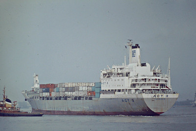 ACT 3 (London) - IMO7052909 - Containership - GBR/26515/71 Bremer Vulkan, Vegesack, No.970 - 217.3 x 29.0 - Associated Container Transport Ltd. - 02/03 broken up at Jiangyin - Northfleet, inward bound for Tilbury Docks, 10/82.