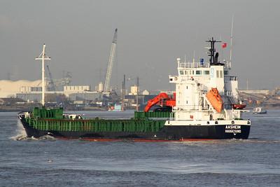 "AASHEIM (Haugesund) - IMO9247106 - Cargo - NOR/5826/01 ATVT Sudnobudivnyi Zavod ""Zaliv"", Kerch, No.201 - 107.1 x 15.0 - Aasen Shipping, Mosterhamn - inward bound fully laden, 01/12/09."