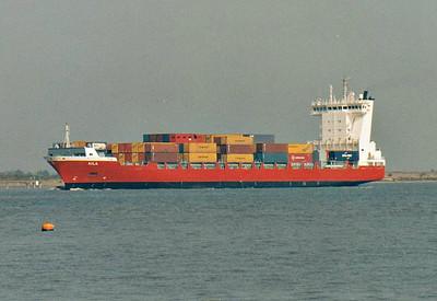 AILA (Pikis) - IMO9354337 - Container Ship - FIN/11497/07 JJ Sietas Schiffswerft, Hamburg, No.1231 - 141.2 x 21.3 - Langh Ship AB - Gravesend, inward bound for Northfleet Hope, 11/10/07.