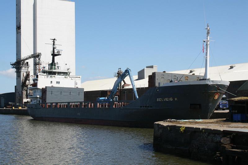 SOLVEIG K (St Johns) - IMO7723687 - Cargo - ATG/2775/78 JJ Sietas Schiffswerft, Hamburg, No.862 - 72.3 x 12.8 - Konig GmbH, Rostock - unloading fertiliser in Bentinck Dock, 03/05/11.