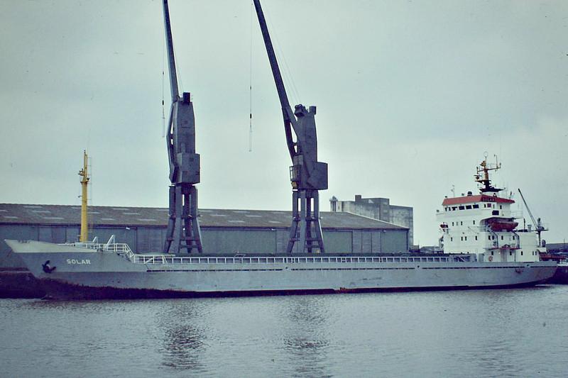 SOLAR (Hamburg) - IMO7639604 - Cargo - DEU/2389/77 Nichitsu Zosensho, Matsuura, No.012 - 86.5 x 13.0 - 04/11 broken up at Gadani Beach - Boston, unloading steel, 04/83.