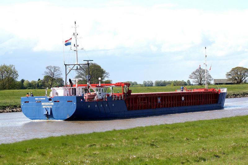 WISDOM (Delfzijl) - IMO9195559 - Cargo - NLD/1842/04 Scheeps Damen, Bergum, No.9325 - 82.2 x 11.3 - Amasus BV - Port Sutton Bridge, going astern on the Nene to unload steel at Port Sutton Bridge, 11/05/10.
