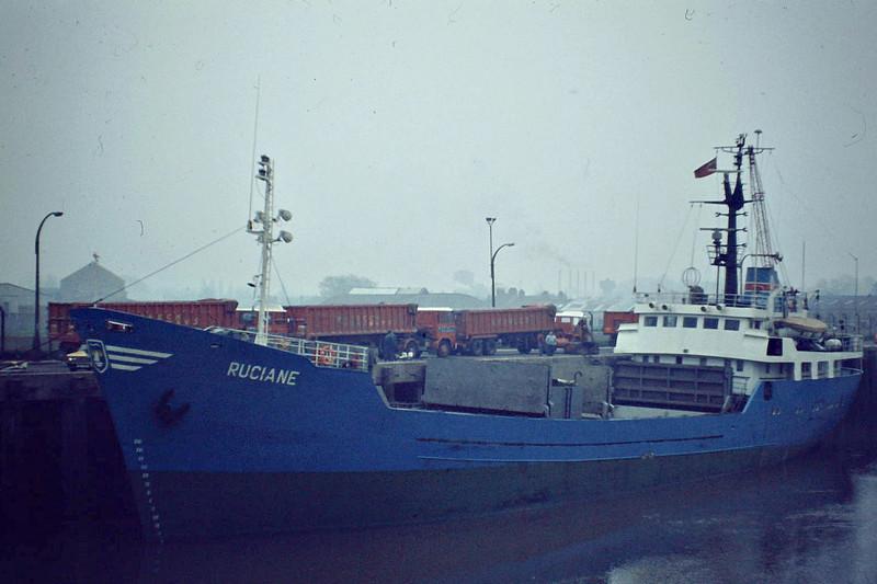 RUCIANE (Kolobrzeg) - IMO7212157 - Cargo - POL/1066/72 Stocznia Wisla, Gdansk, No.B457/02 - 59.6 x 10.2 - 2000 PRINCESS KIKELOMO (NIG) - still trading - Wisbech, unloading fertiliser, 04/81.