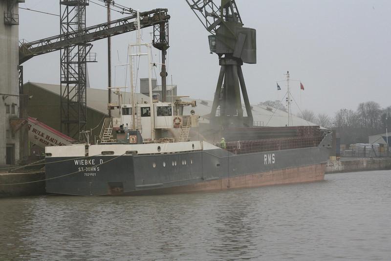 WIEBKE D (St Johns) - IMO7924401 - Cargo - ATG/1795/80 JJ Sietas Schiffswerft, Hamburg, No.910 - 81.0 x 11.3 - Drabert Schiffs - Kings Lynn, loading grain in Bentinck Dock, 16/12/08.